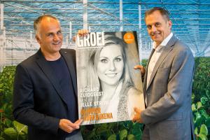 Eerste glossy Groei in ontvangst genomen door Nico van Ruiten